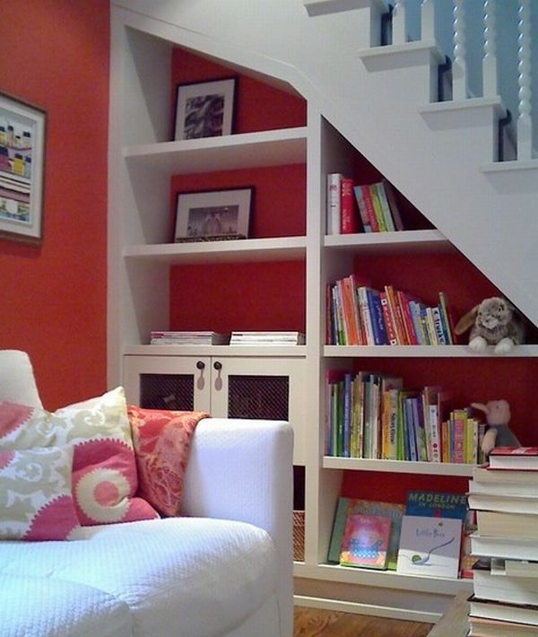 Smart-storage-shelf-in-white-and-red